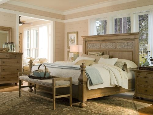Paula Deen Furniture Collections: Paula Deen Down Home Collection   Aunt  Peggyu0027s Bed