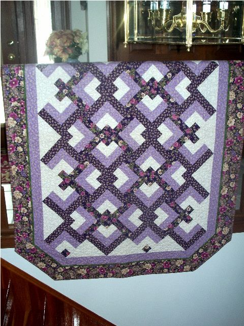 Lovers Knot quilt by Eleanor Burns