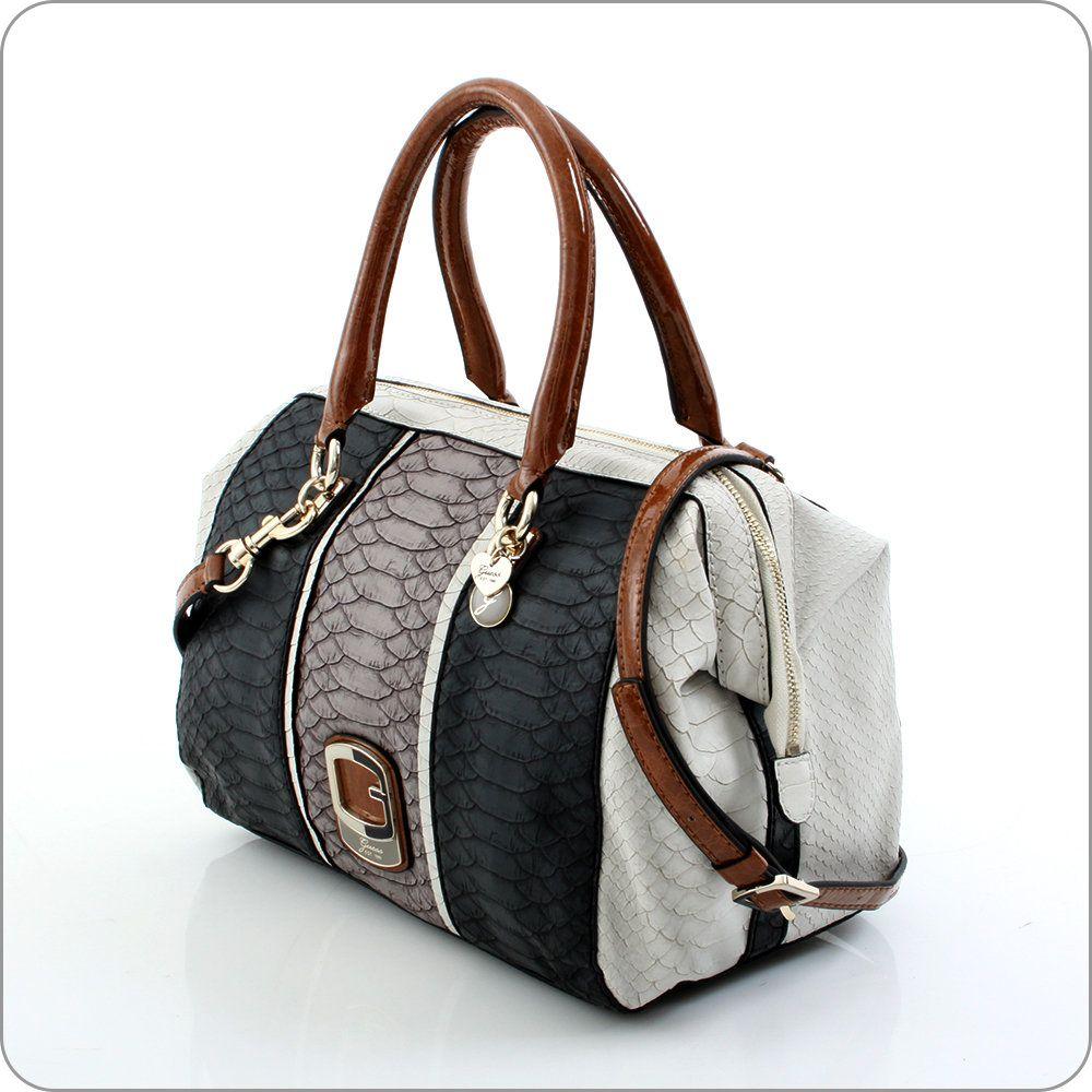 Sehr edler Muster-Mix und Ausstrahlung von luxuriöser Eleganz. Tisbury ist eine Kollektion, die über alles verfügt, was Guess berühmt und beliebt macht. Taschen und Geldbörsen für Frauen, die das Besondere wünschen.