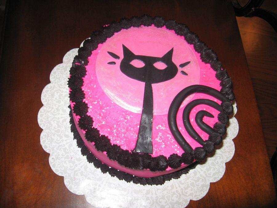 Kitten cake Childrens Birthday Cakes Cat Cupcake CakesCupcakes