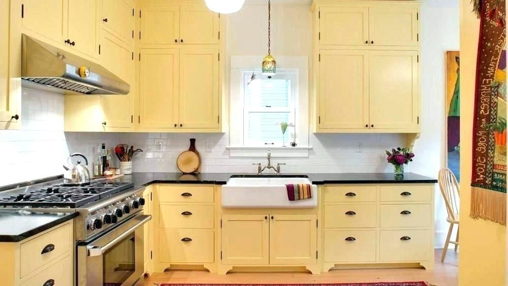 light yellow kitchen yellow kitchen decor inspiring home decorating rh pinterest com