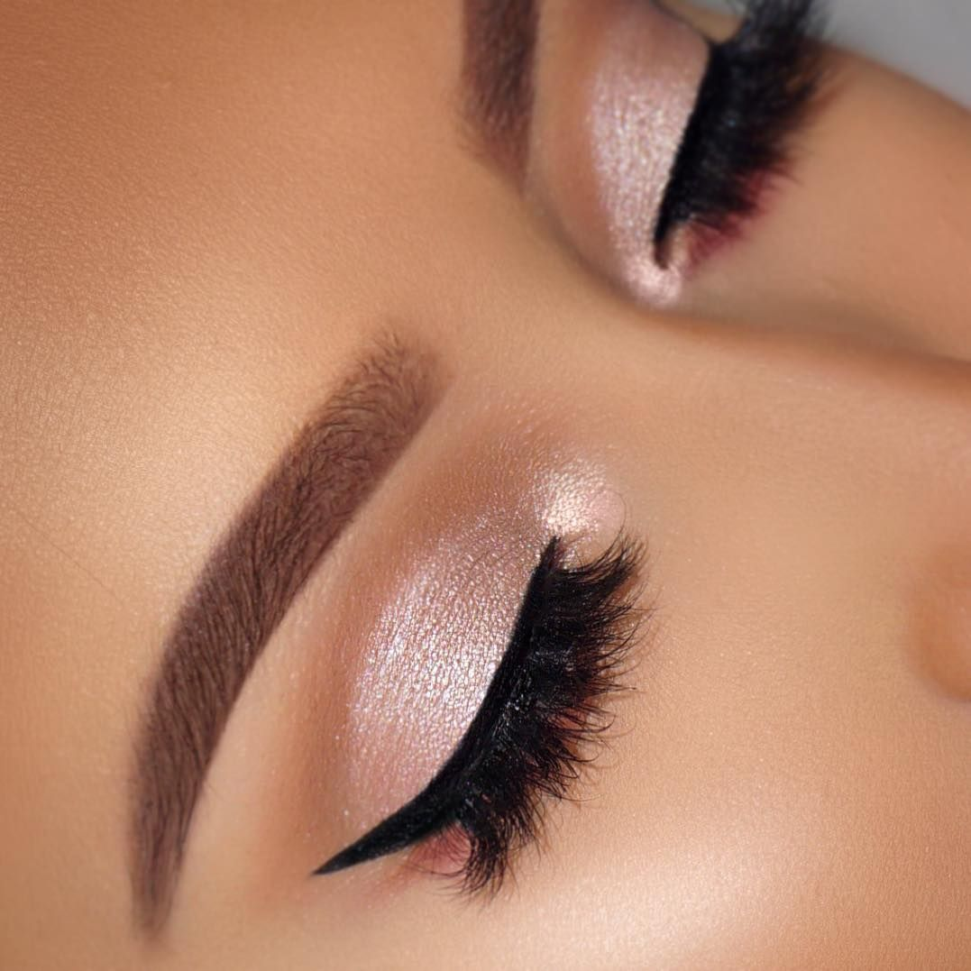 Sexy Eye Makeup Looks Give Your Eyes Some Serious Pop - light brown and golden eye makeup #makeup #eyemakeup