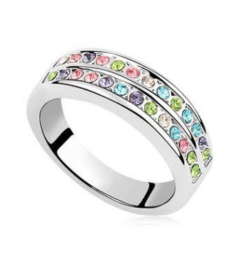 MIMI CRYSTALLIZED™ Rainbow Ring :http://mimimoreau.com/product/mimi-crystallized-rainbow-ring-2/