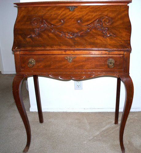 Antique Furniture and Collectible for Sale, desks, old victorian chairs,  tables - Antique Furniture And Collectible For Sale, Desks, Old Victorian