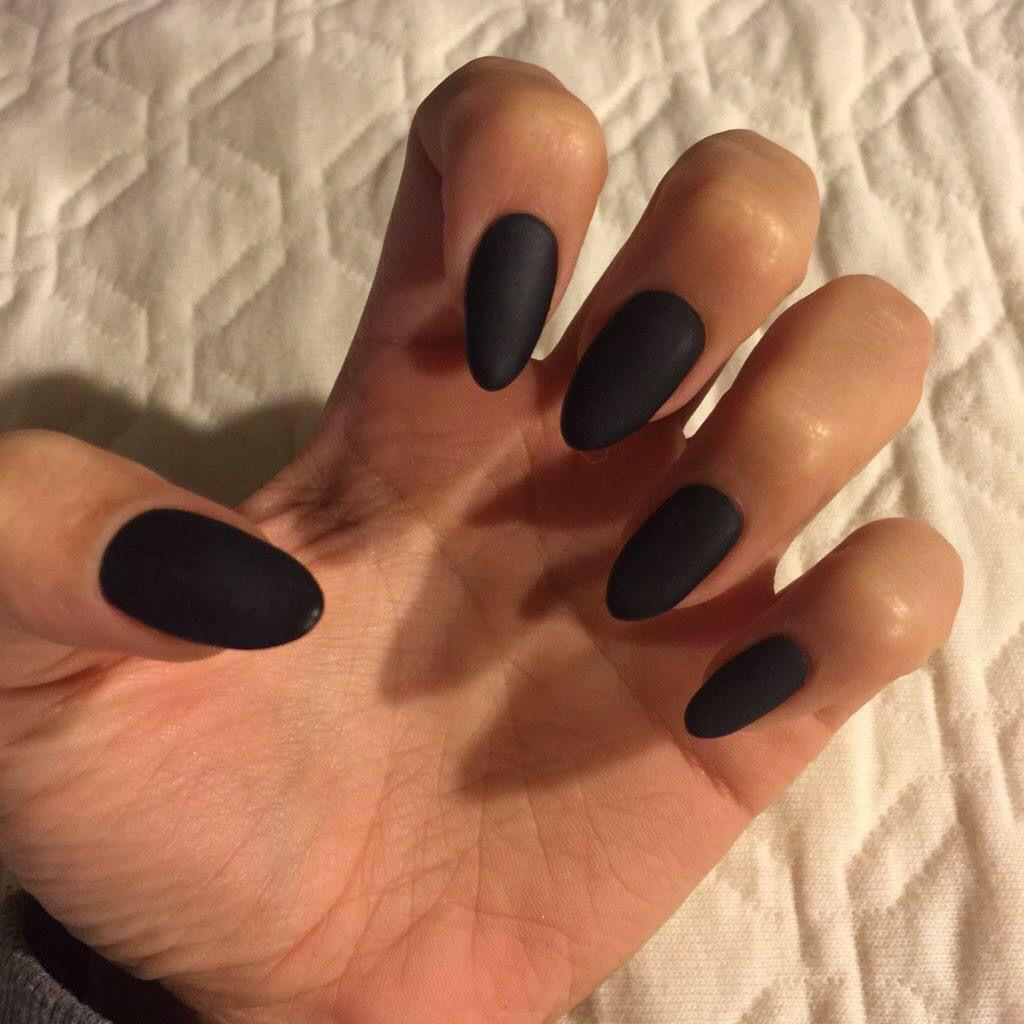 Black Matte Almond Nails//4.6.16