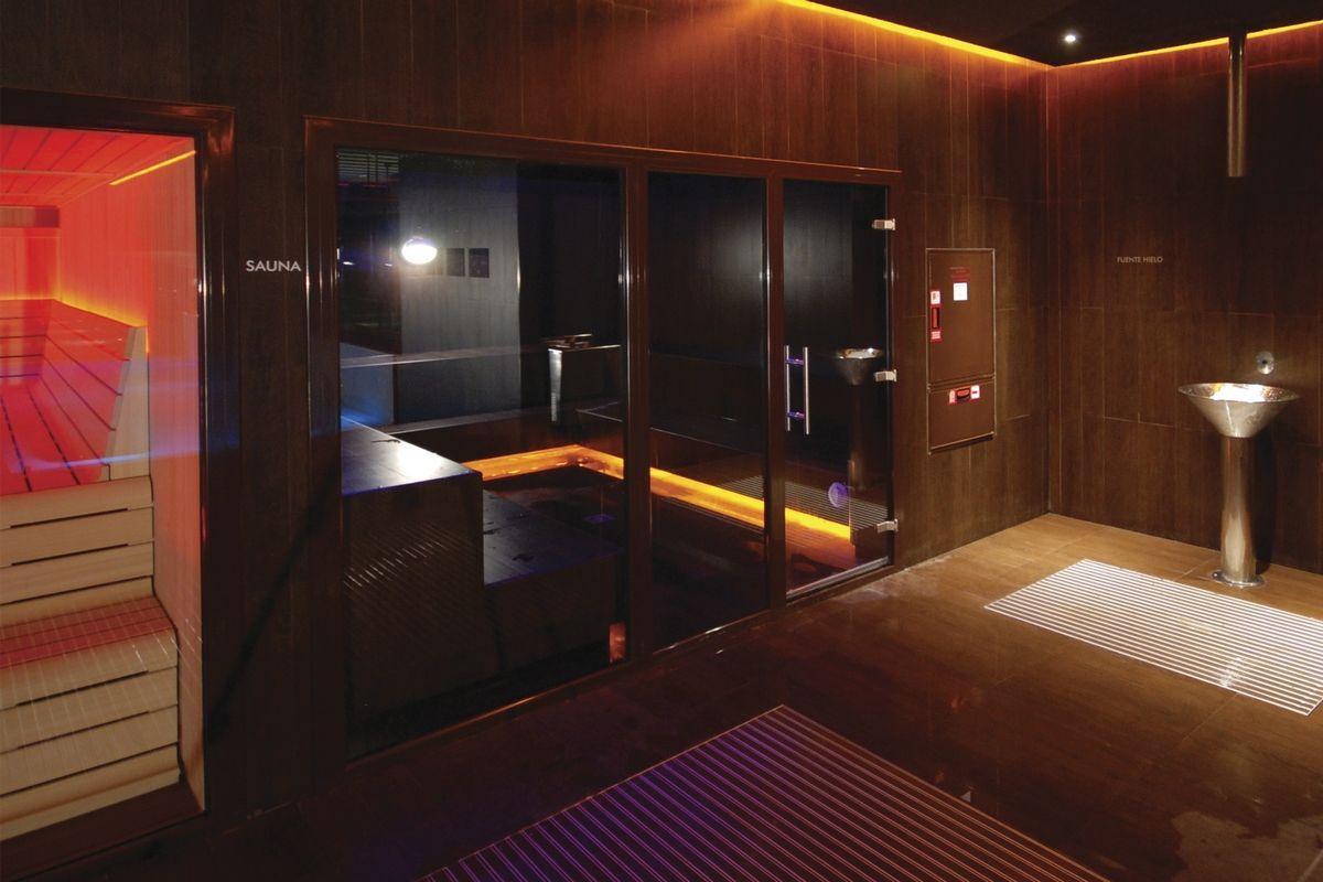 Cabina Sauna Vapor : Baño de vapor de cabina en obra by inbeca baño de vapor
