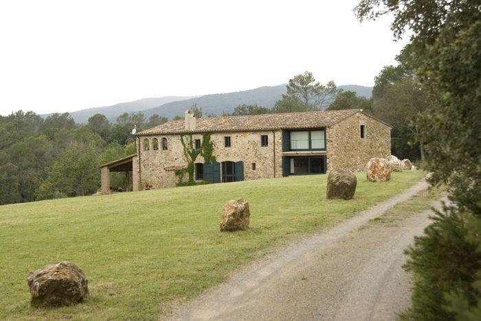 Mas a catalana cerca de la bisbal y girona en las gavarres casas pinterest casas rurales - Casas rurales cadaques ...