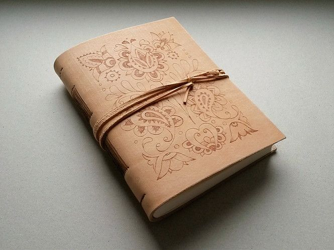 Kožený zápisník - originálny denník, hladenica, ručná práca / handmade book / bookbinding / long stitch / leather journal / notebook / diary / folk / folklor / slovak pattern / pyrography