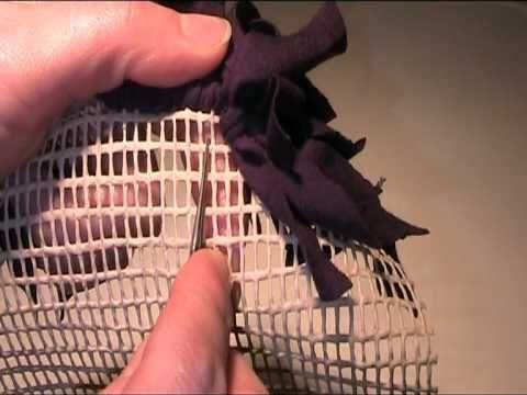 anleitung teppich kn pfen und flechten aus stoffresten youtube teppiche selber machen. Black Bedroom Furniture Sets. Home Design Ideas