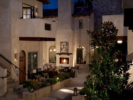North Block Hotel (formerly Hotel Luca), Yountville's redesigned space, has contemporary interiors by local phenom Erin Martin, twenty rooms to handle your peeps, in-room (wine) bottle service, and a resto reception option at adjacent Redd Wood.