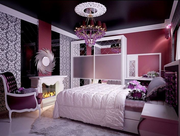 Purple Vintage Bedroom With Damascus Fl Wallpaper Decolover