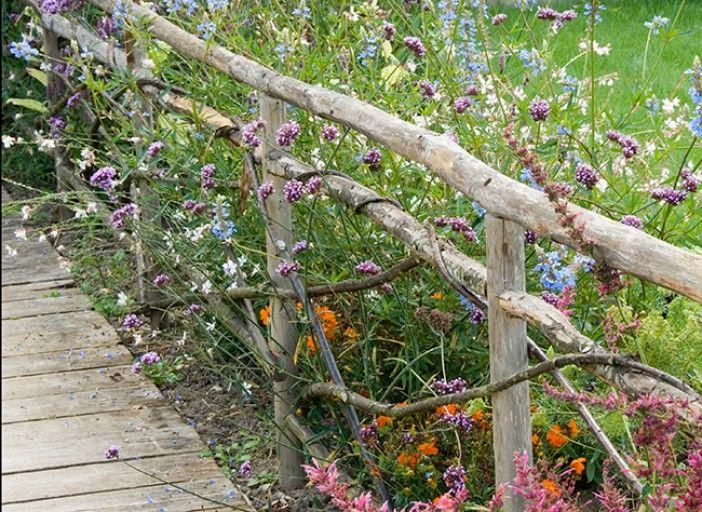 Installer des barrières champêtres   Gardens   Barrière jardin ...