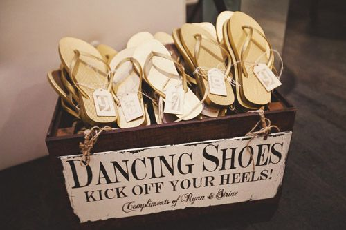 How To Keep Your Guests Comfy At Your Outdoor Wedding: Wedding Flip Flops On Pinterest
