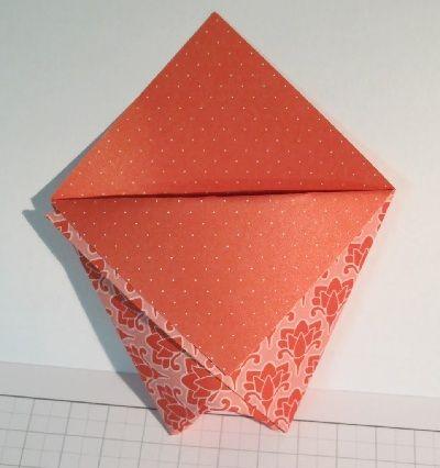 pochette cadeau en origami tuto pour faire diy pinterest pochettes cadeaux origami et. Black Bedroom Furniture Sets. Home Design Ideas