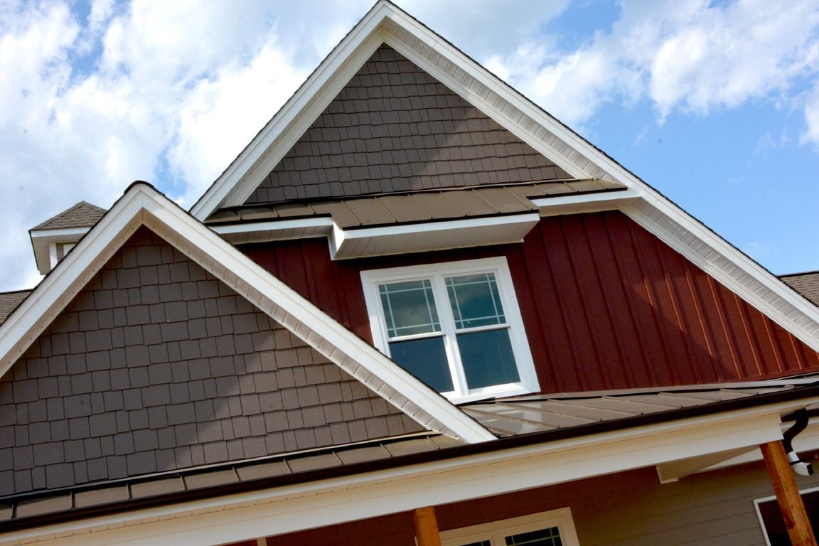 Best Craftsman Style Exterior With A Brown Tin Roof Burgundy Red Siding And Wood Posts Craftsman 400 x 300