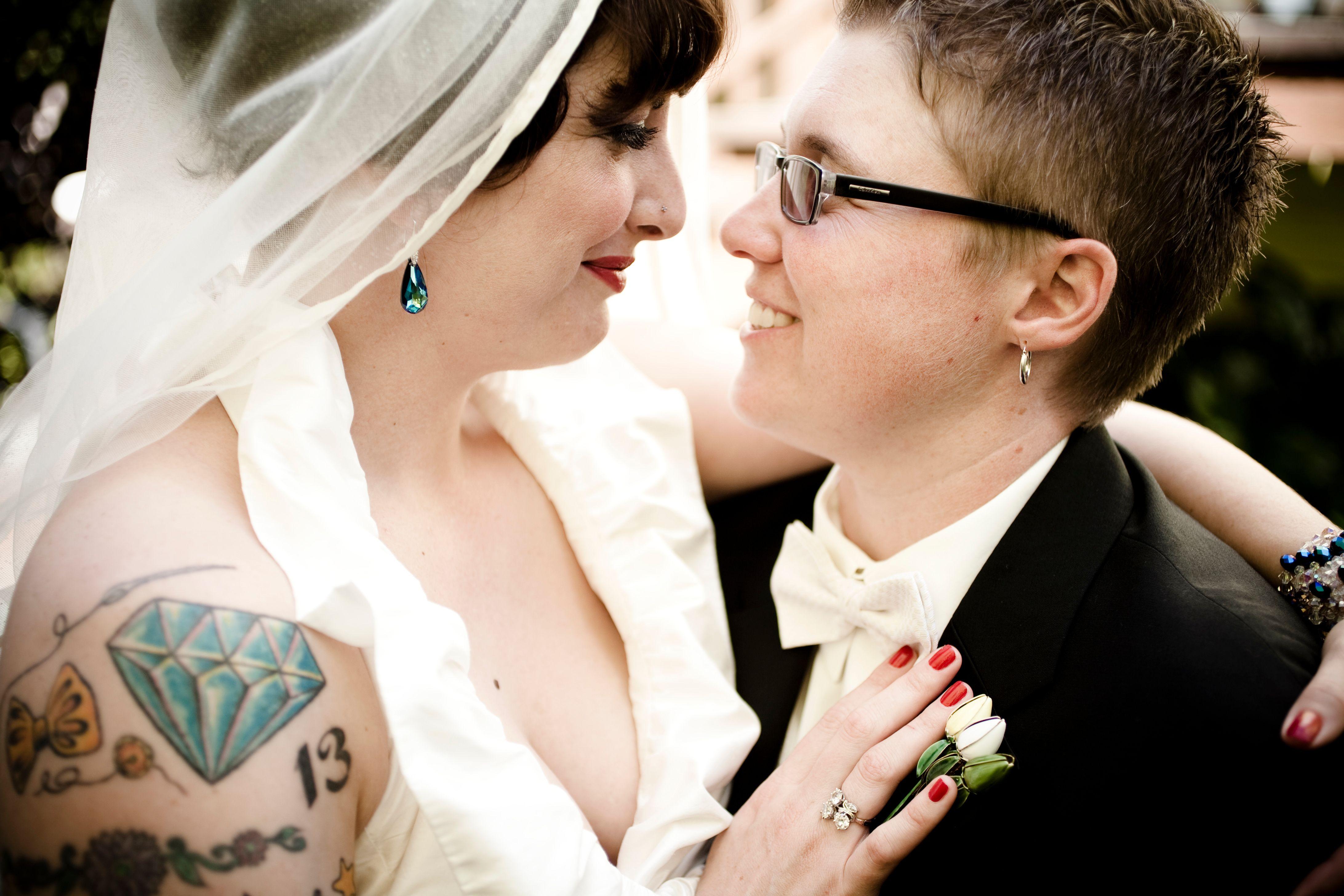 Gay weddings las vegas, lgbtq marriage venues, lesbian weddings