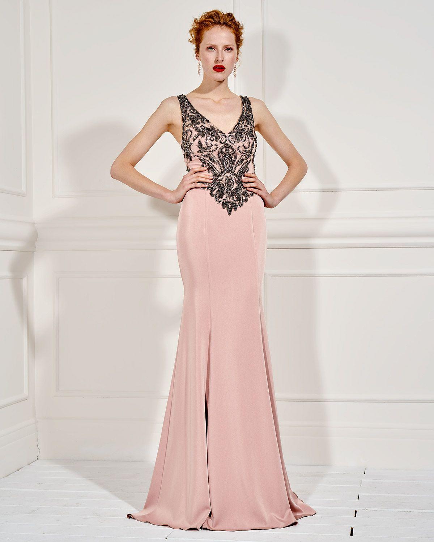 a9015c17e2d Βραδυνά Φορέματα / Βραδινό φόρεμα μακρύ με ολοκέντητο τοπ και τούλι ...