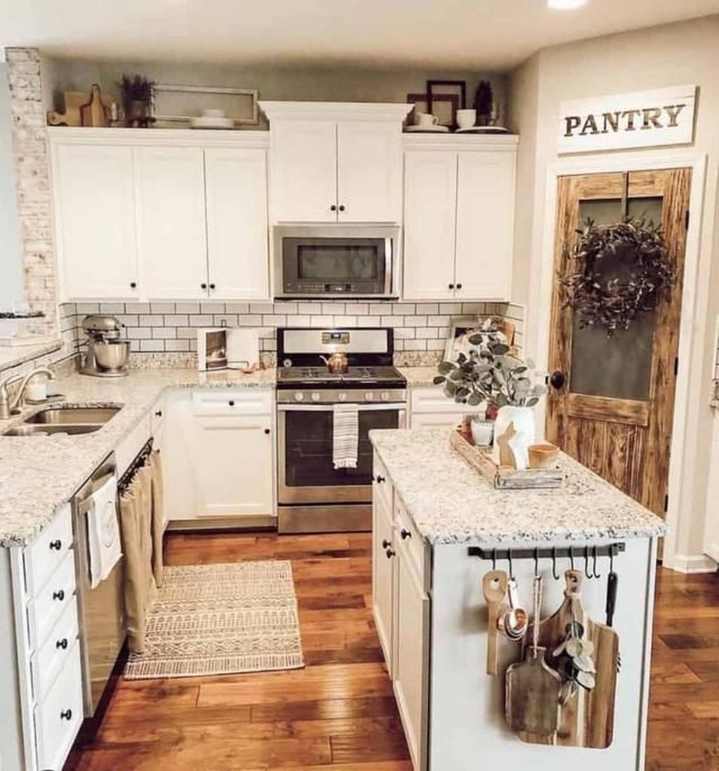 30+ Inexpensive Farmhouse Kitchen Decoration Ideas On A