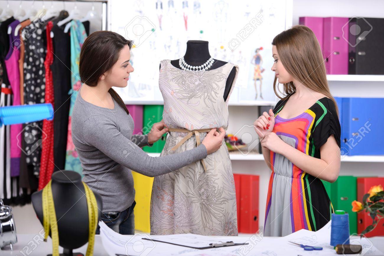 Pin By Misty Rahman On Fashion Desing Fashion Design Jobs Become A Fashion Designer Fashion Designing Course