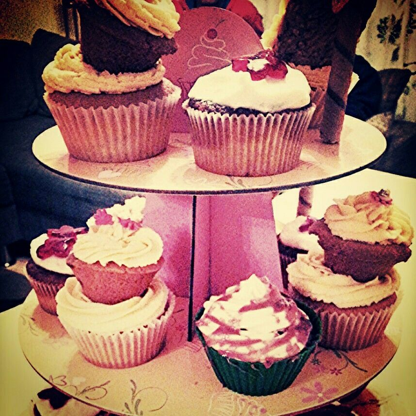 Mixed cupcakes: double apricot, choco-pear, choco-cherry cream, apple, highheels apricot