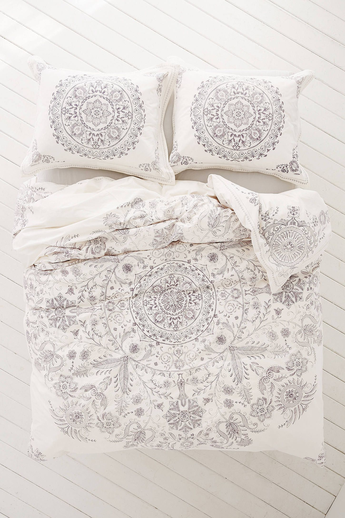 happyhippie how style three blog dormify happy medallion to duvet painted the cover hippie ways