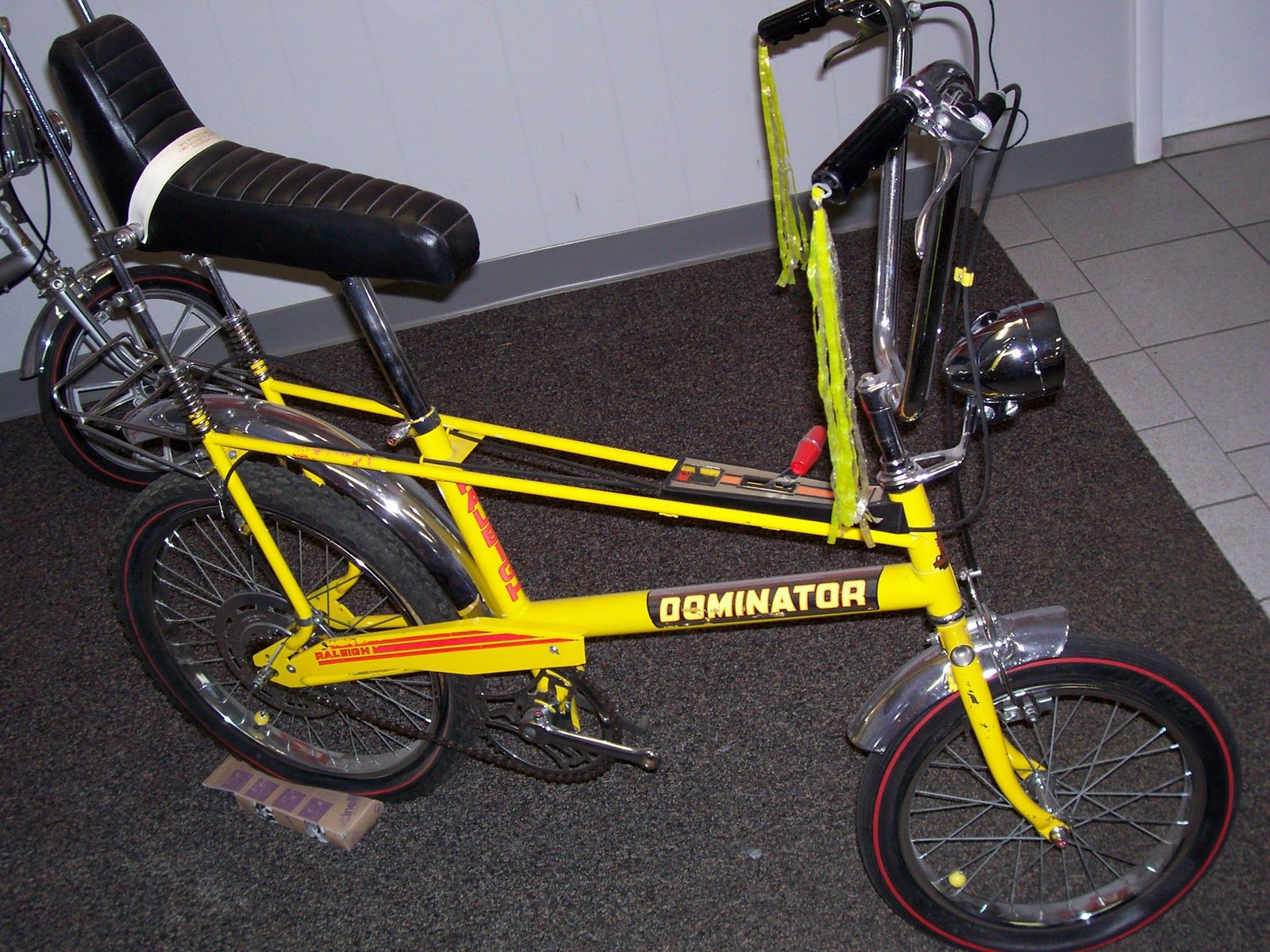 6ffceebae87 the raleigh chopper blog steve: RALEIGH DOMINATOR FIZZY LEMON 3 SPEED