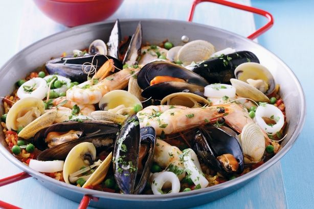 Seafood paella  (exclude onion/garlic - careful with the peas) #FODMAP #Flexitarian