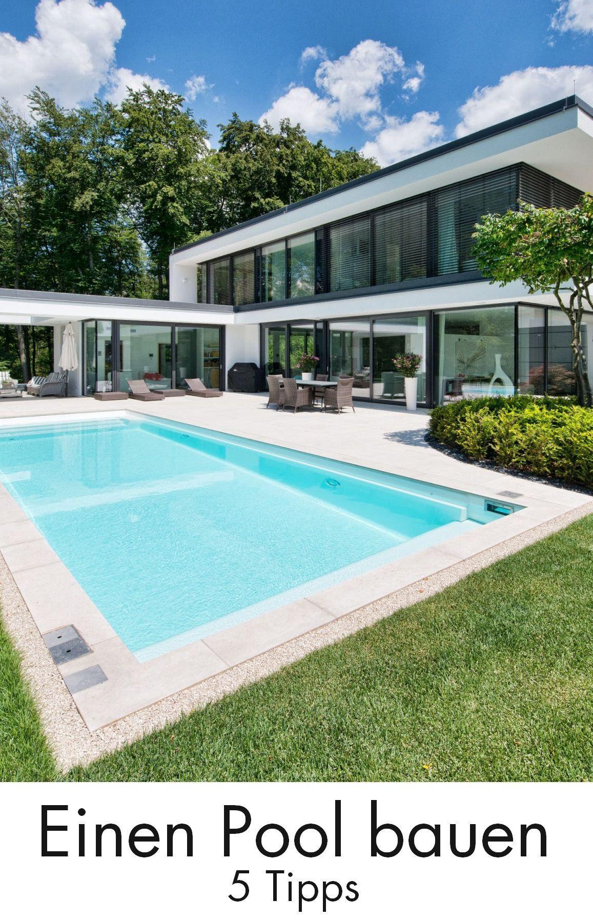 Viele Hausbesitzer Traumen Von Einem Eigenen Pool Im Garten Einen Pool Bauen 5 Tipps Fur Den Badespass Pool Gart Building A Pool Modern Pools Backyard Pool