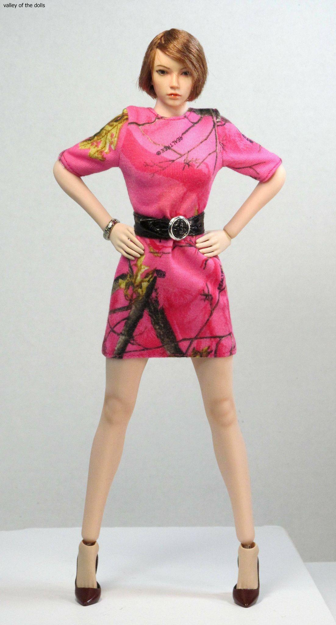 1//6 Phicen Steel Skeleton Seamless Suntan Mid Bust S25B Female Body Toy TBLeague