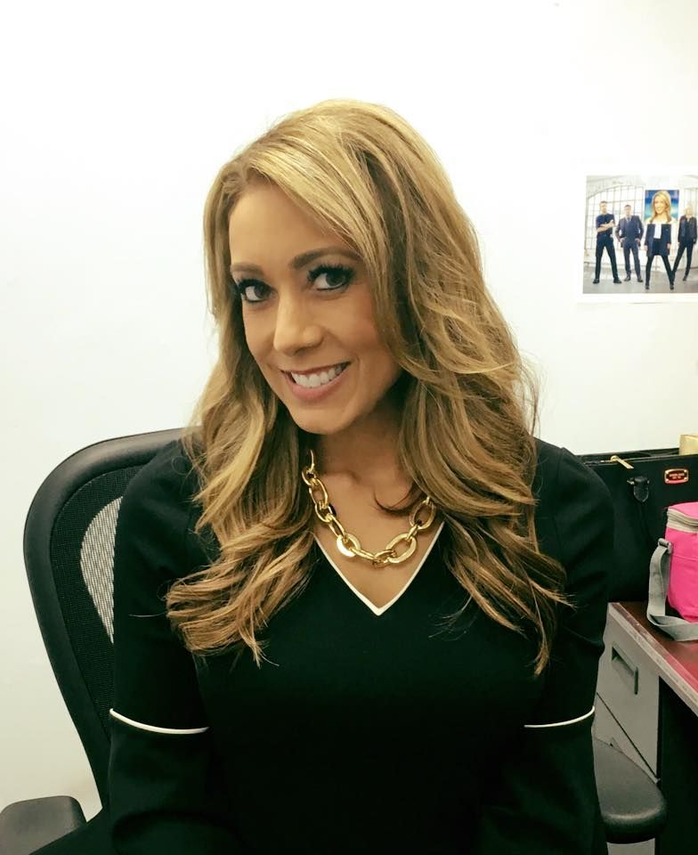 jennifer mobilia sexy reporters meterorologist in 2019