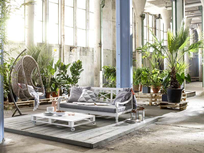 Karwei Tegels Tuin : Karwei buitenshuis luieren wordt wel heel relaxt met een hangstoel