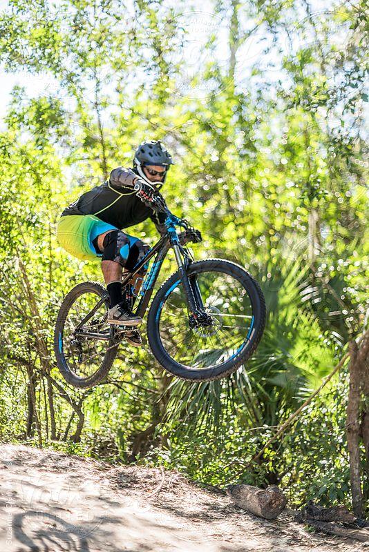 Pin By Lincoln Kraizy On Bik3 100 In 2020 Mountain Biker Mountain Biking Bmx
