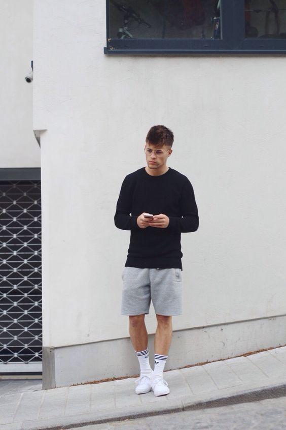 e62a1ea6b5b Vans Authentic. Macho Moda - Blog de Moda Masculina  VANS AUTHENTIC  MASCULINO  Dicas de Looks com o Sneaker. Vans Authentic Branco