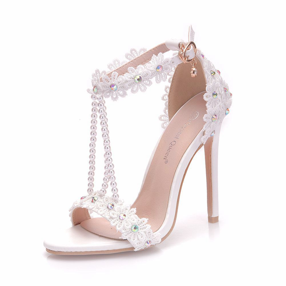 Charming White Wedding Shoes 2018 T-Strap Lace Flower