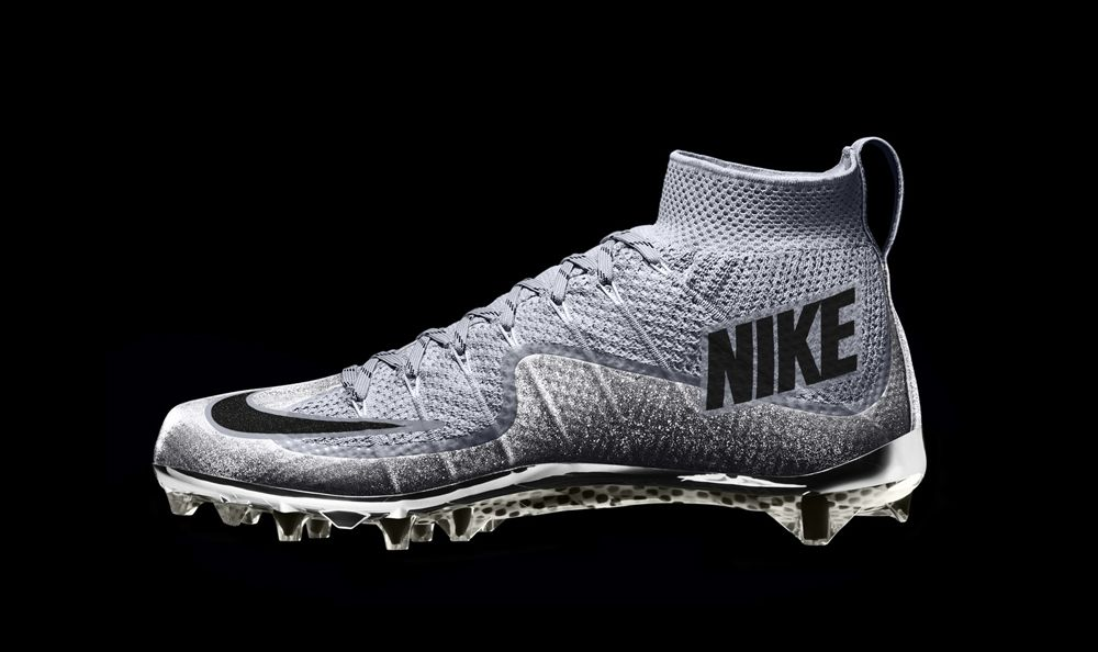 Nike debuts flyknit cleats for the college football