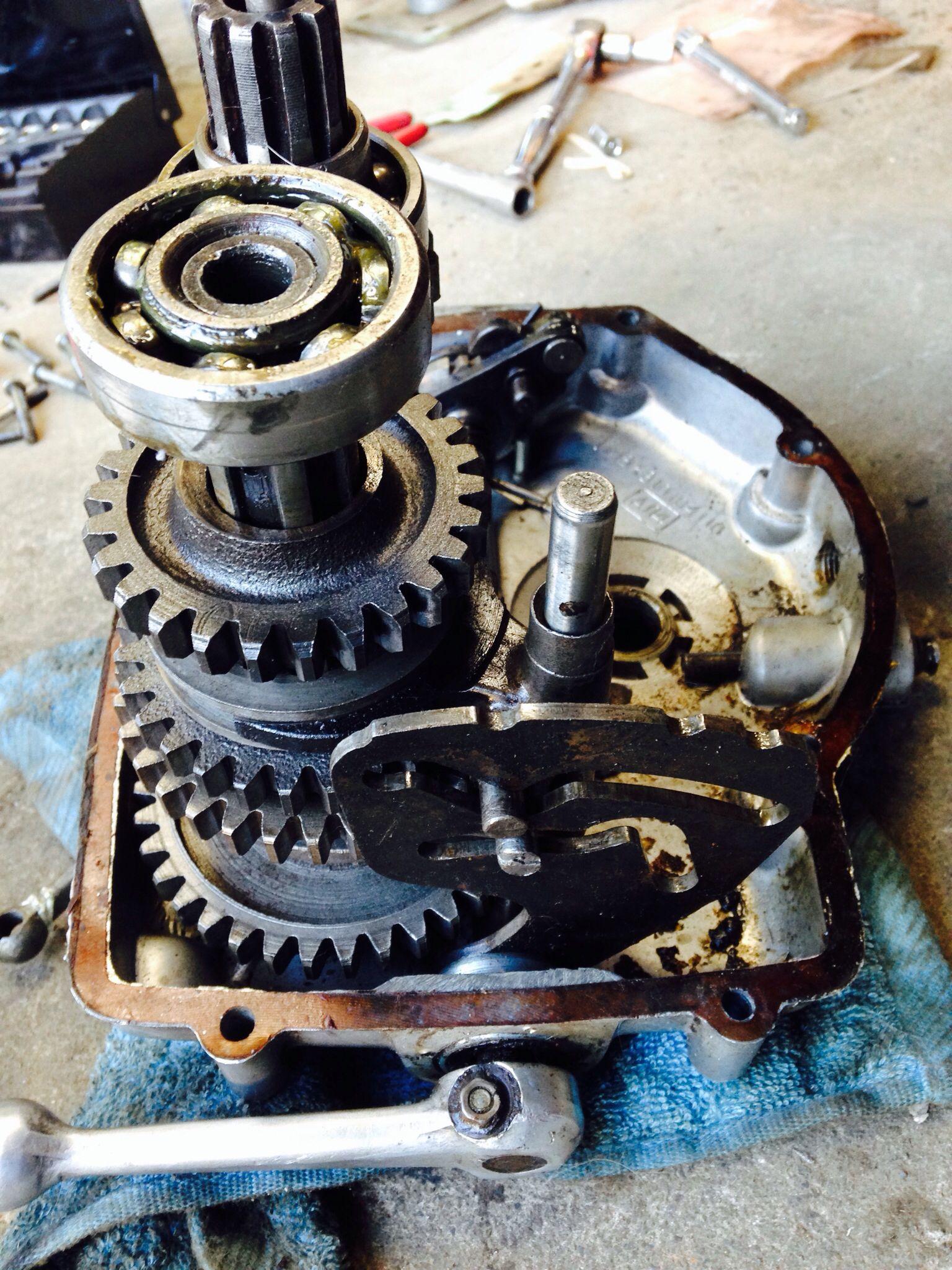 ural gearbox russian motorcycle [ 1536 x 2048 Pixel ]