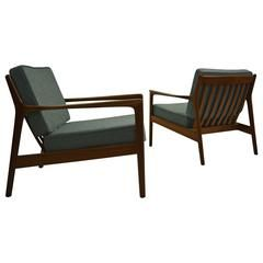 """Pair of """"USA 75"""" Lounge Chairs by Folke Ohlsson for DUX"""