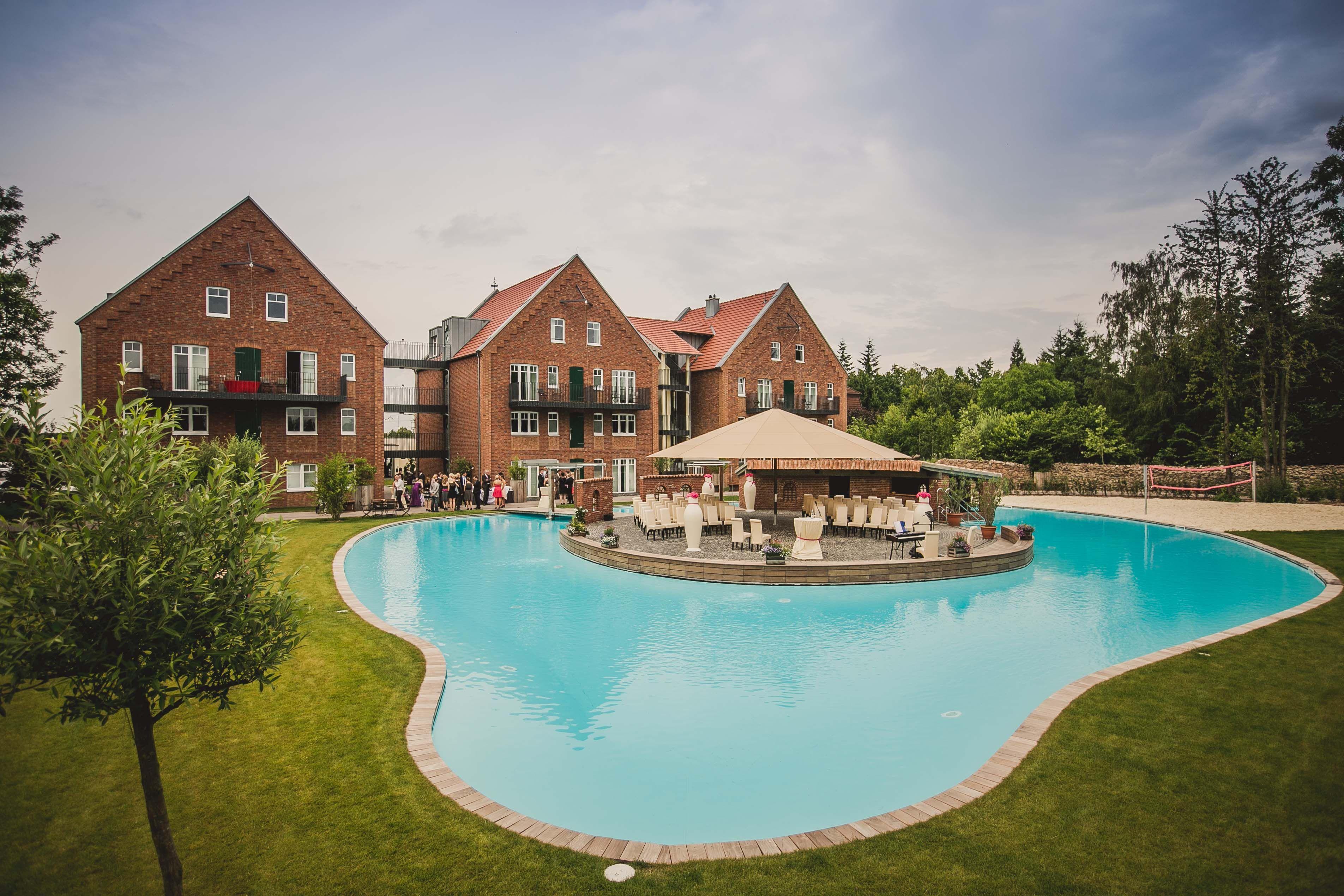 Bezaubernd Pool Salzwasser Ideen Von Der Outdoor-pool Des Landhotels Beverland.