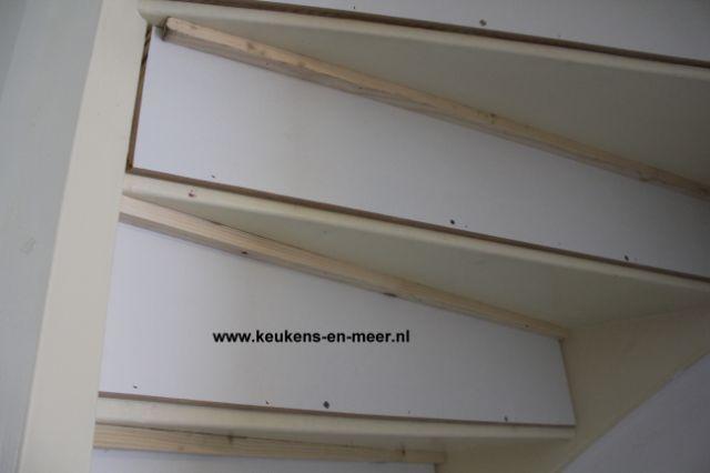Het stootbord tegen het latje building pinterest for Stootborden trap maken