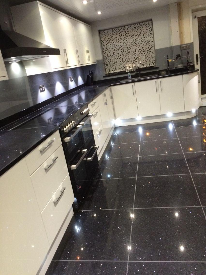 White Gloss Units Sparkle Granite With Grey Lustrolite Panels