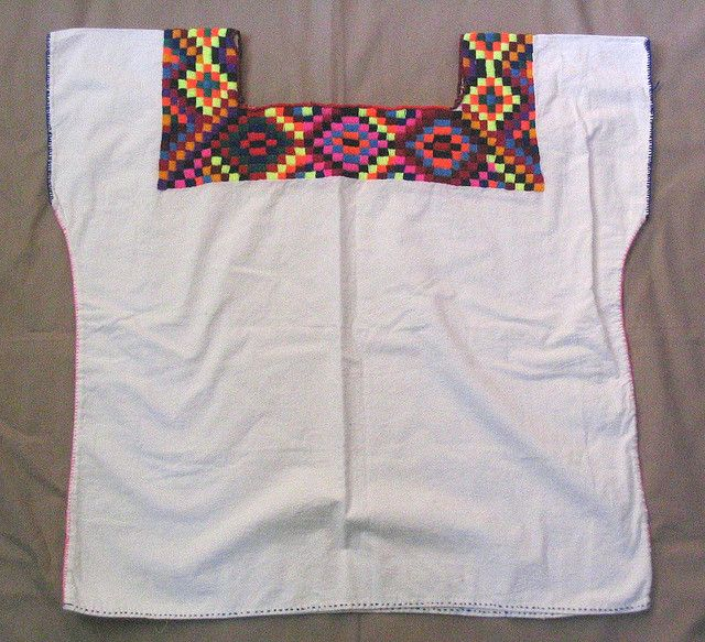 Chol Maya huipil from Chiapas in 2018   embroideri/Cross-stitched ...