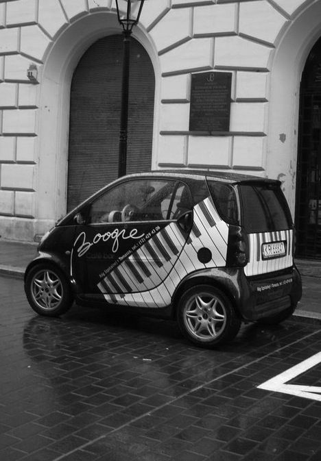 Oooo! This is what I want! A Piano Keyboard Smart Car!