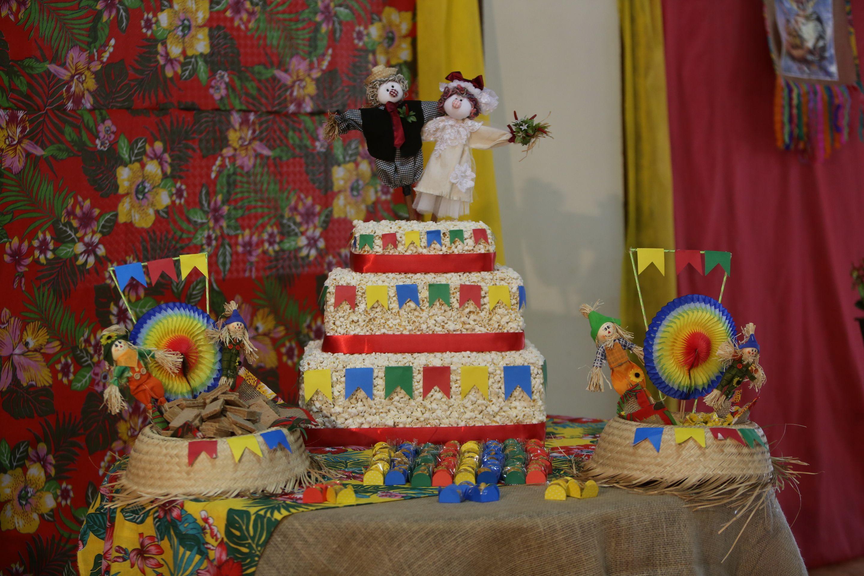 Festa Junina Vivian Braga Gingerbread House Calendar Free