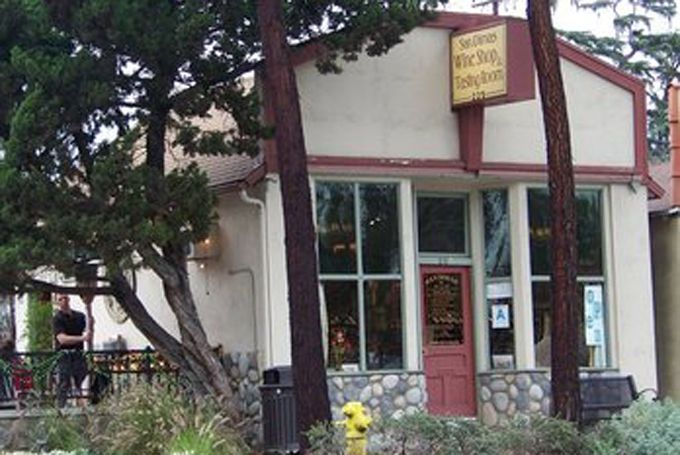 San Dimas Wine Shop San Dimas Wine Serving Wine