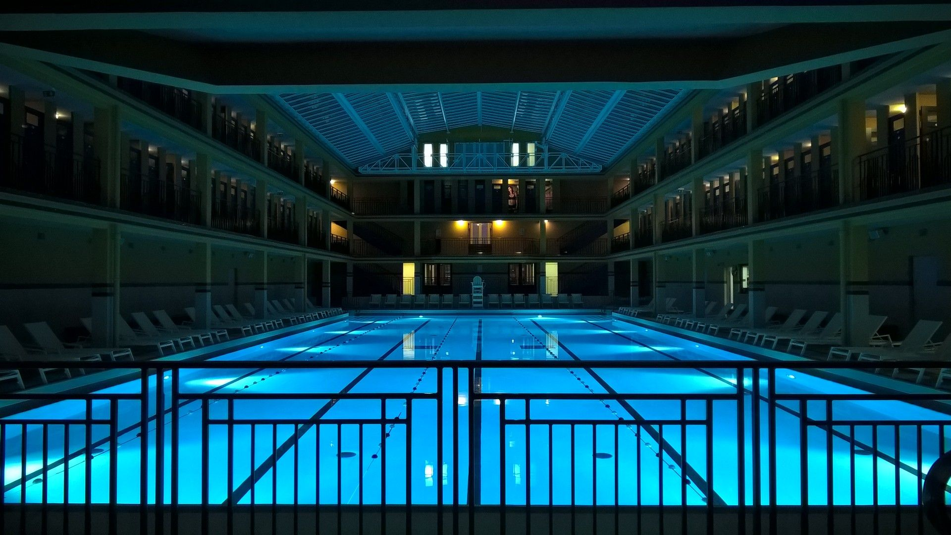 9 Spectacular Public Swimming Pools In The Uk - British