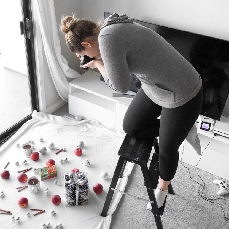 Photo of 14 Best Instagram Photo Props for 2020: Photo Shoot Styling Guide