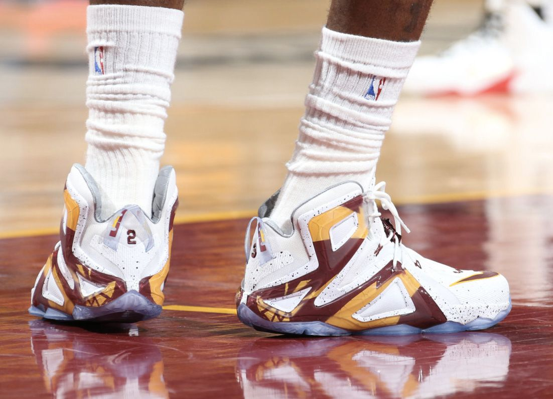006e1ab37f5 LeBron James Debuts New Nike LeBron 12 Elite PE