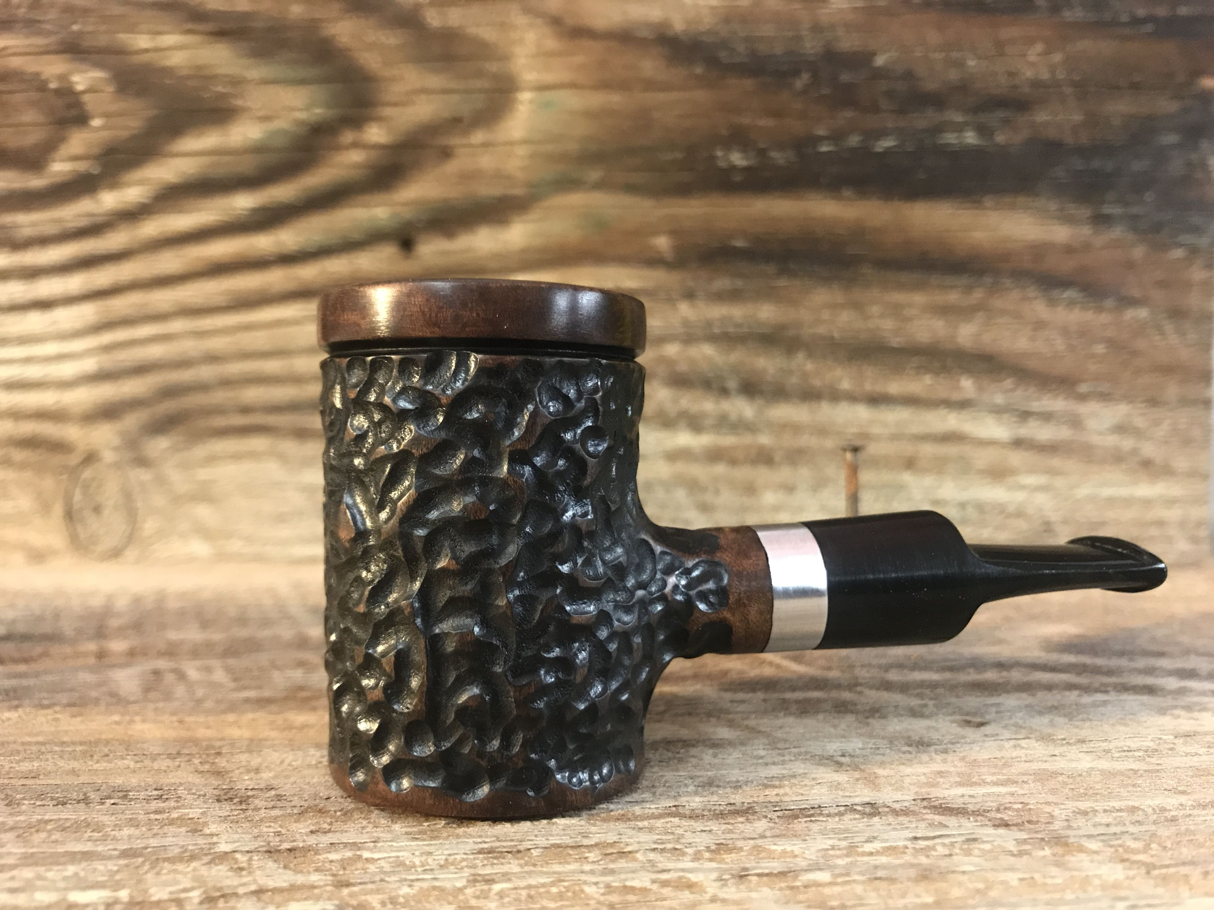 Steve Criner of New Rev PipeCO takes pride in every one of his custom handmade tobacco pipes. HIs pipes have been shipped all over the world! & Very awesome custom poker with polished accent by Steve Criner of ...