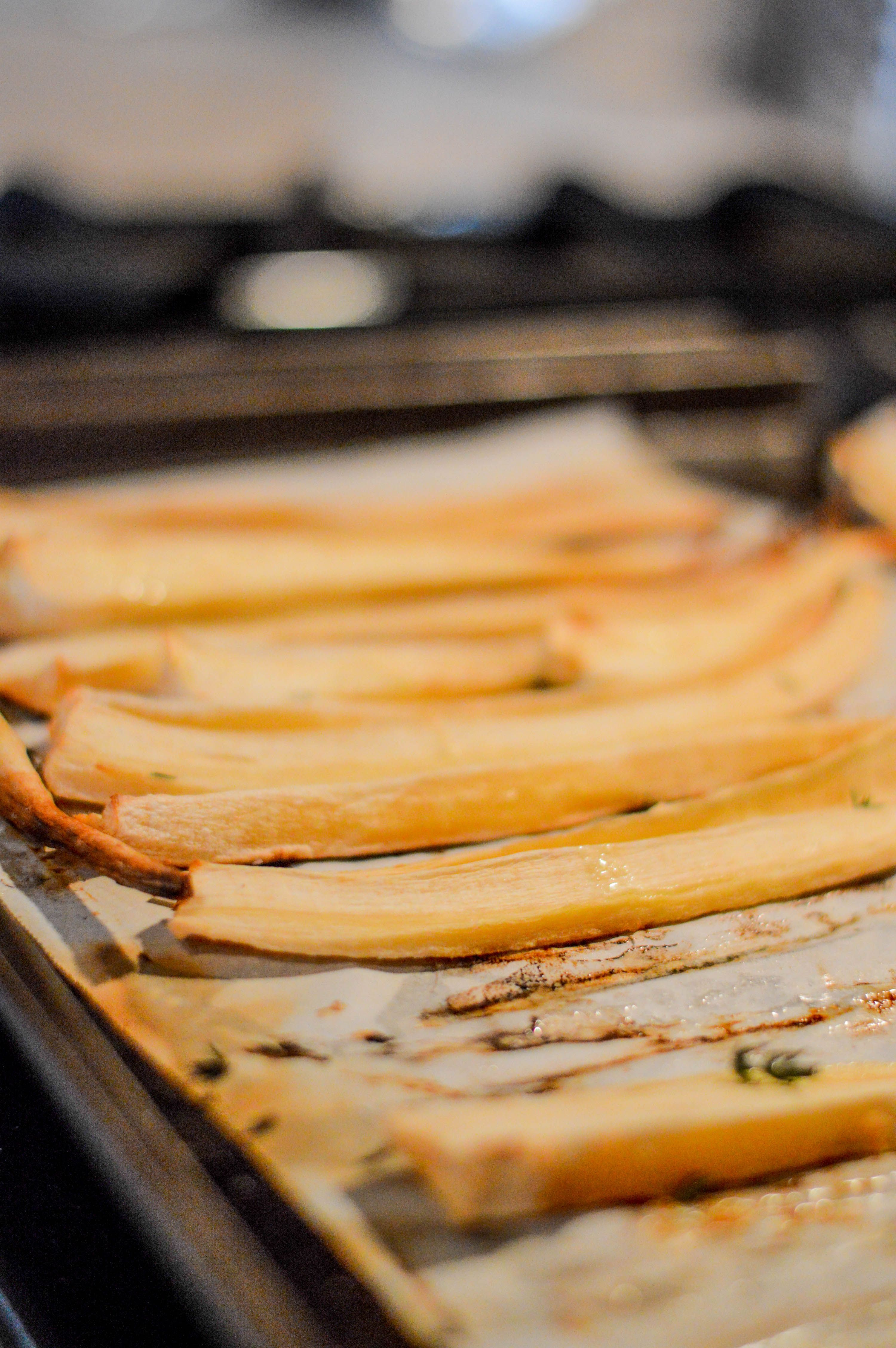oven roasted parsnips with thyme and olive oil