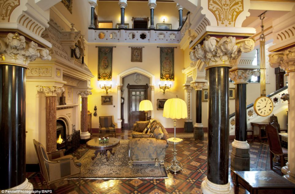 County Room Hotel Haitian